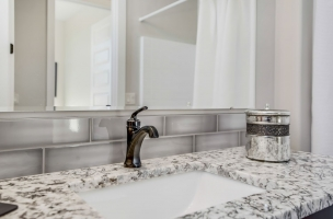 038_Bathroom-