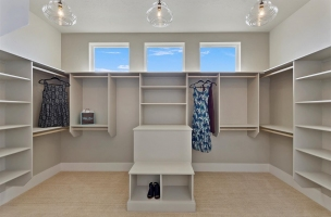 36-Master-Closet