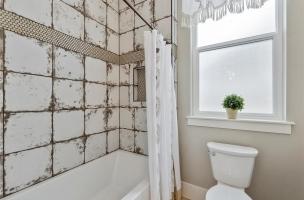 40-Bathroom