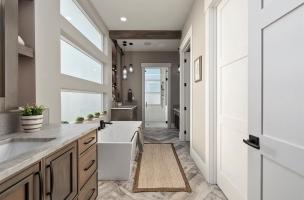 035-Master-Bathroom