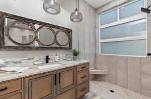 050-Bathroom