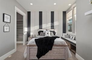053-Bedroom